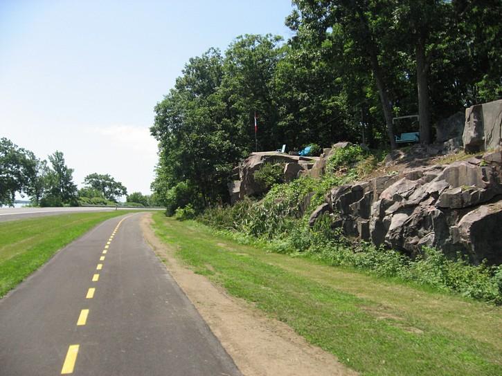 Thousand Island pathway