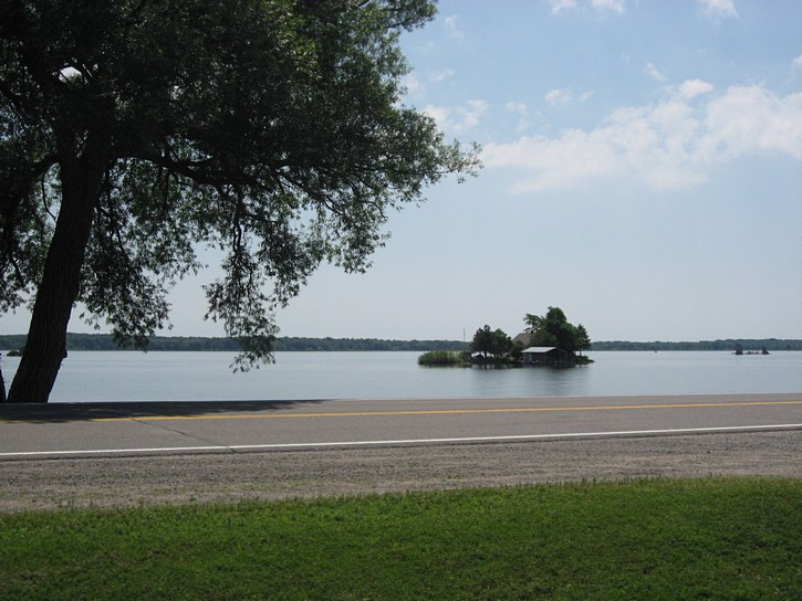 view from the Thousand  islands path