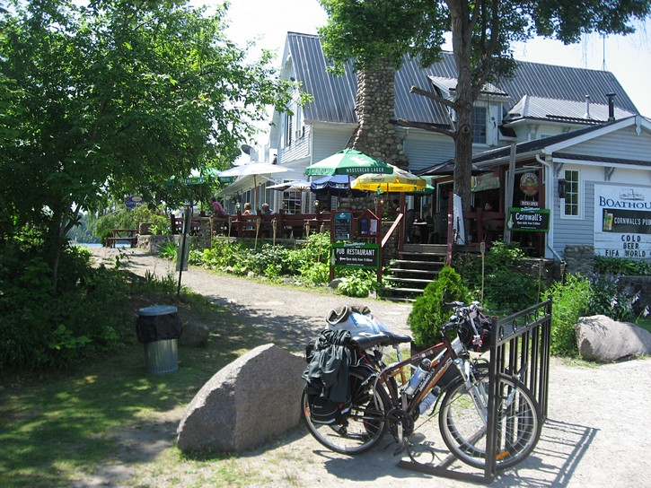 pub in Rockport