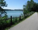 bicycle path Niagara-on-the-Lake and  Niagara Falls
