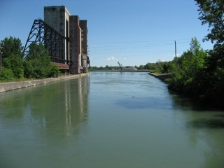 older version of the Welland Canal