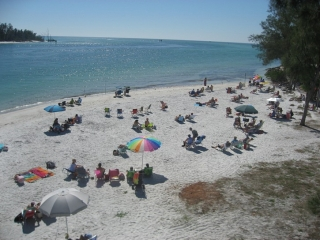 beach at southern tip of Anna Maria Island