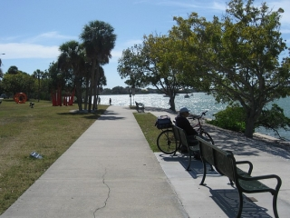 recreational path in Sarasota