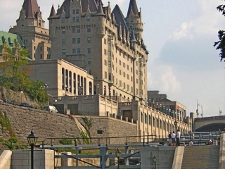 Chateau Laurier, Rideau Canal, pathway