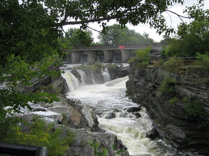 Hog's Back waterfalls