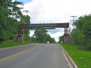 gateway when leaving Gananoque