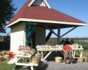 fruit stand on Highway 33