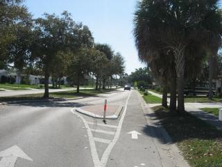bike lane on Gulf Gate Road