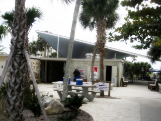 Venice municipal beach facility