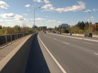 Hunt Club Road bridge over the Rideau River