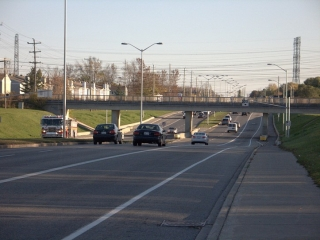 paved shoulder on Woodroffe Avenue