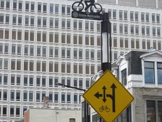 signs for bike lane on De Maisonneuve Boulevard