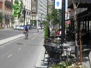 bicycle lane on De Maisonneuve Boulevard