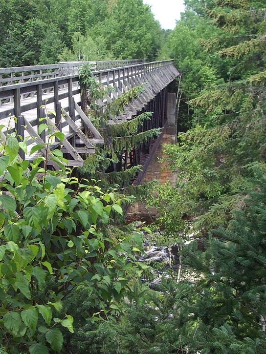 wooden bridge on the P'tit train du Nord