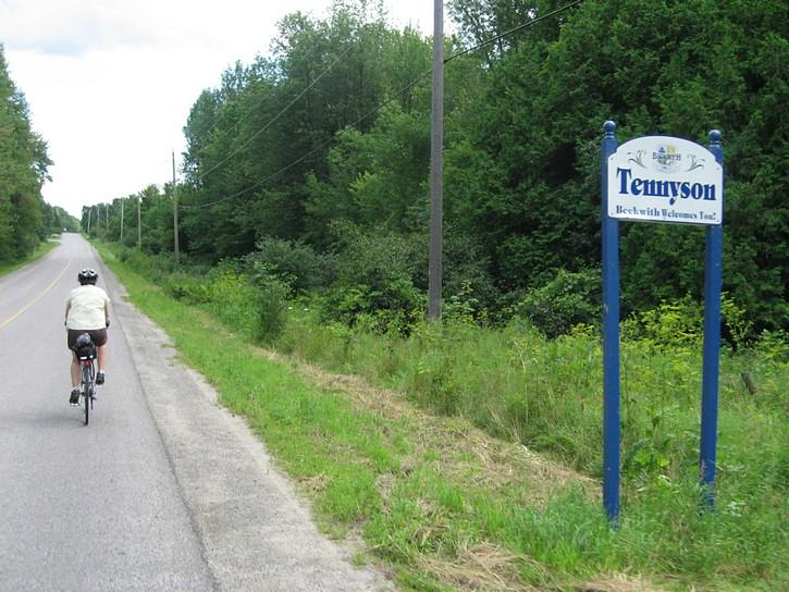 9th Line and Tennyson Roads
