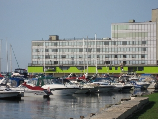 hotel on Kingston's waterfront