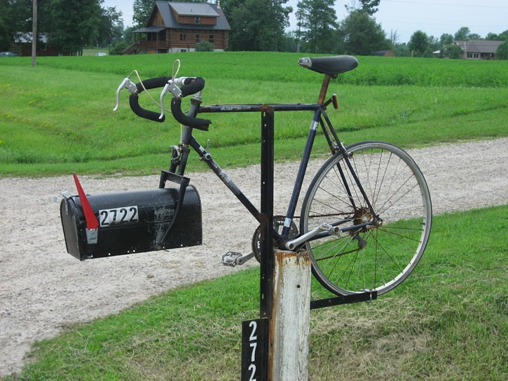 Bicycle mailbox on Regional Road 10