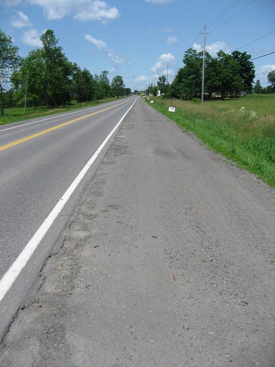 March Road shoulder