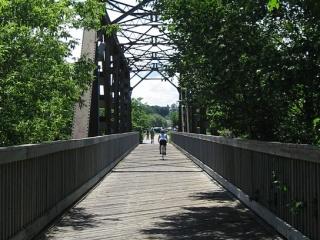 bike path over a small bridge near Levis