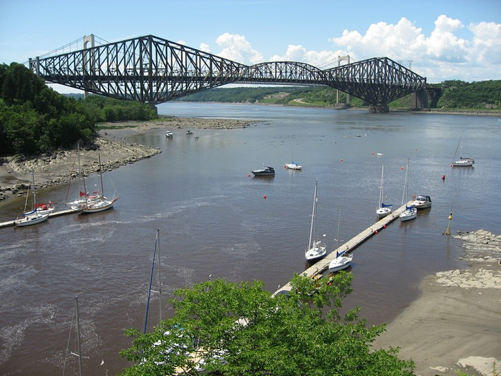 the Quebec Bridge