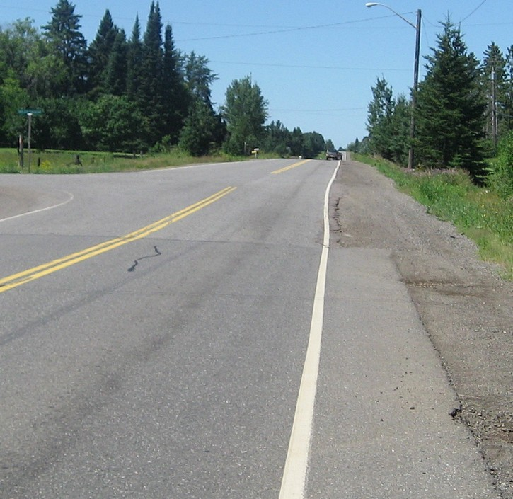 end of paved shoulder on Oliver Road