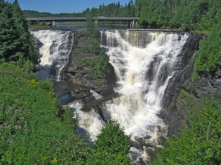 the Kakabeka Falls