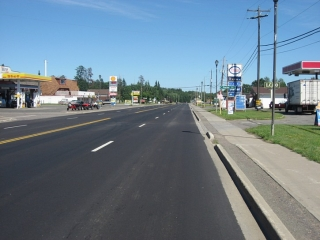 Highway 11/17 in the town of Kakabeka Falls.