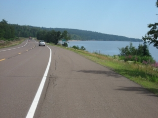 wide paved shoulder on Highway 61 in the US