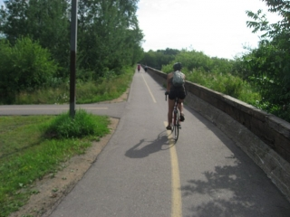 multi-use bike path in Thunder Bay