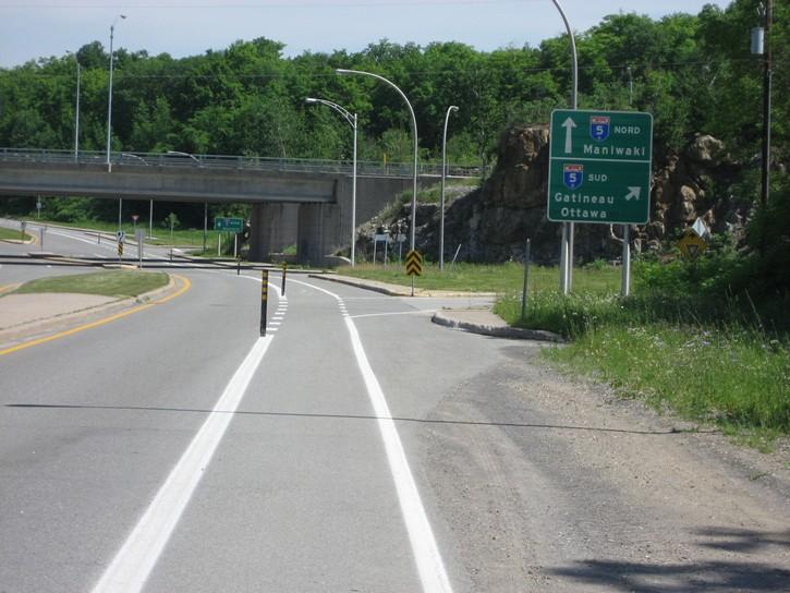 bike lane on Scott Road