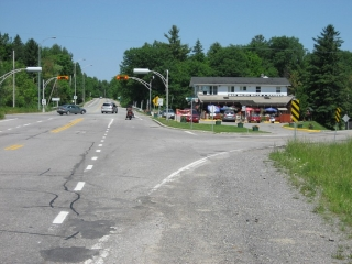 intersection of 105 and Chemin de la Riviere