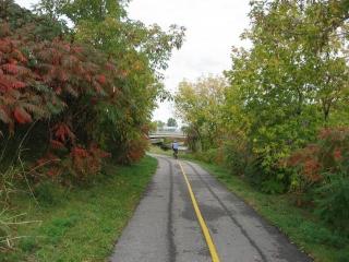 bike path to  Lac Leamy Casino